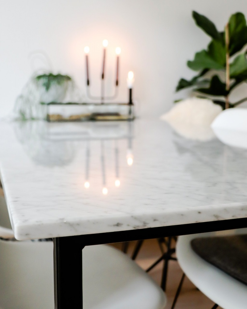 Rectangular Marble Dining Table Bianco Carrara White 4 Legged Aime Té
